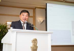 MGI World MGI Worldwide Asia Area meeting, 2015 Seoul, speaker at podium image